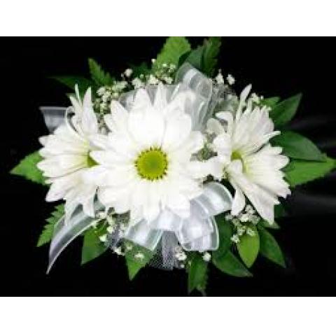 White daisy wristlet