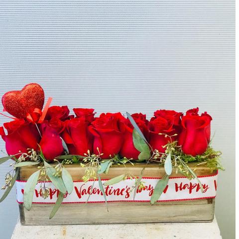 Rose Window Box Bouquet