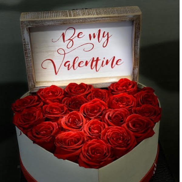 Forever rose heart box with sign