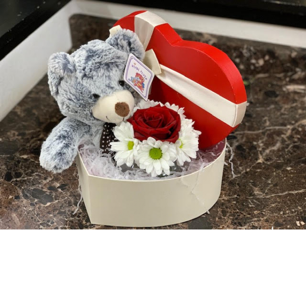 Bear Heart box bouquet