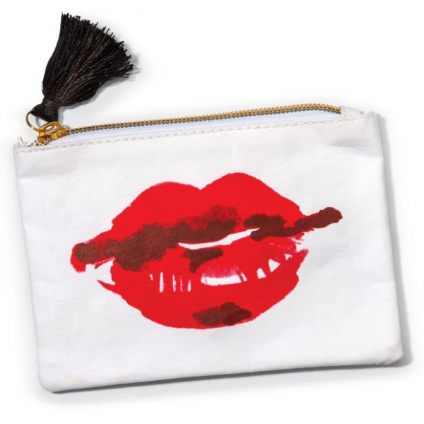 COIN PURSE LIPS 5.75X4IN