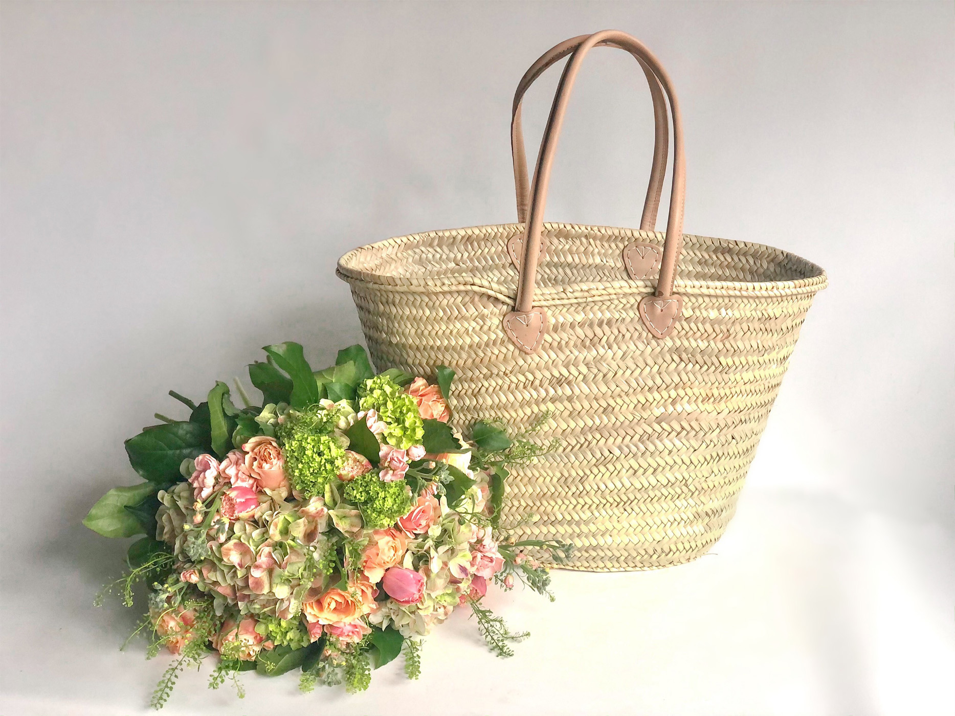 Market Tote with Peach Blossom Flower Bundle