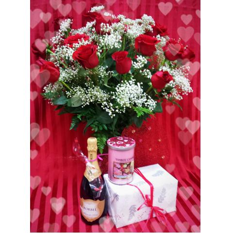 Jacques Flower Shop - Manchester JQV Roses & Romance