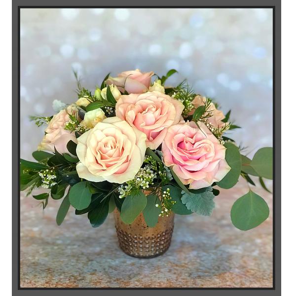 Jacques Flower Shop - Manchester JQ Rose Gold Roses