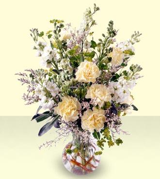Jacques Flower Shop - Manchester In Loving Memory Arrangement