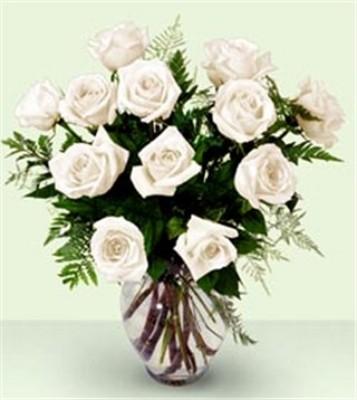 Jacques Flower Shop - Manchester JQ Enchanting Rose Bouquet