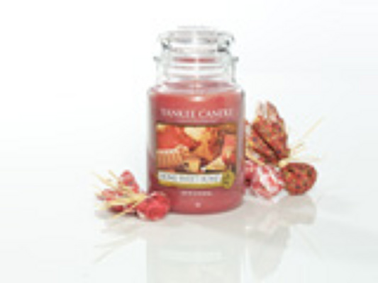 Jacques Flower Shop - Manchester Yankee Candle Home Sweet Home Jar