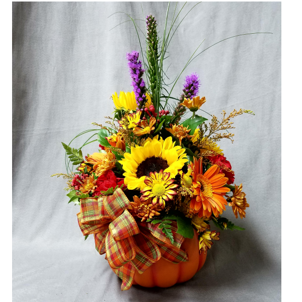 Log Cabin pumpkin harvest arrangement