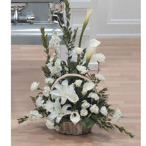 Graceful White Basket Arrangement CTT15-12