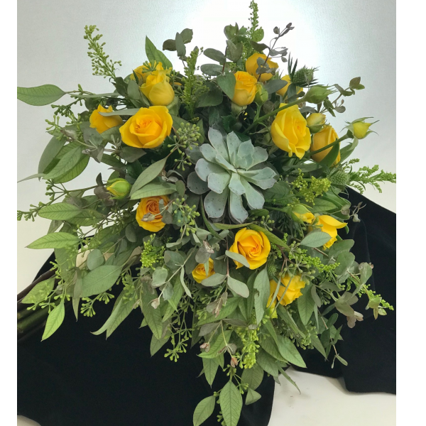 Succulent Roses & Greens