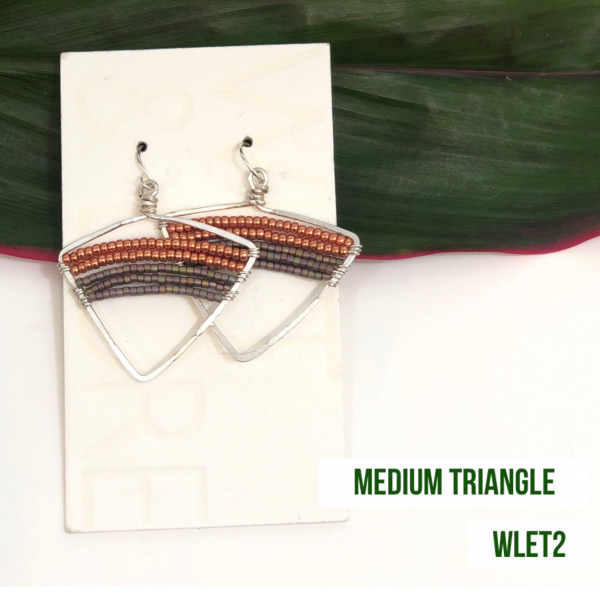 MED. TRIANGLE EARRINGS