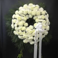 Pure White Wreath