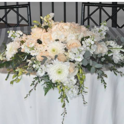 White Sweetheart Centerpiece