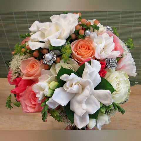 CUSTOM BRIDAL BOUQUET B