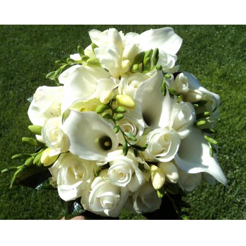 Beaverton Florists Beaverton - white mix bouquet, clean.
