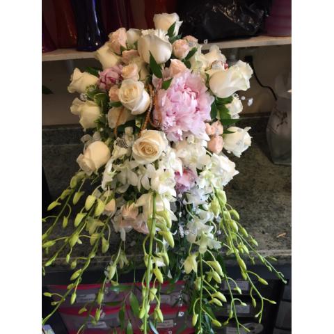 Beaverton Florists Beaverton - The classic elegant bouquet, orchids, ponies, roses...