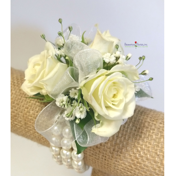 Simple Elegance Corsage