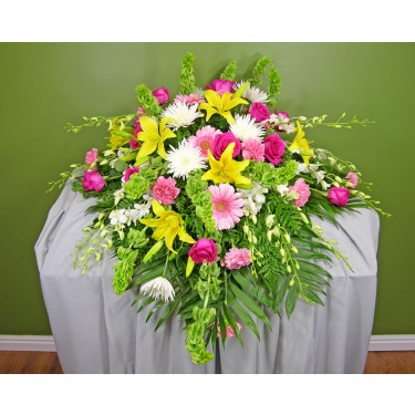 Beaverton Florists Beaverton - Your loved one will be remembered fondly and honored by this beautiful floral display for on top of the casket.