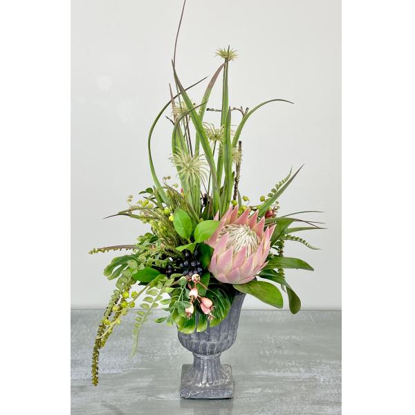 The Wakulla Permanent Flower Arrangement