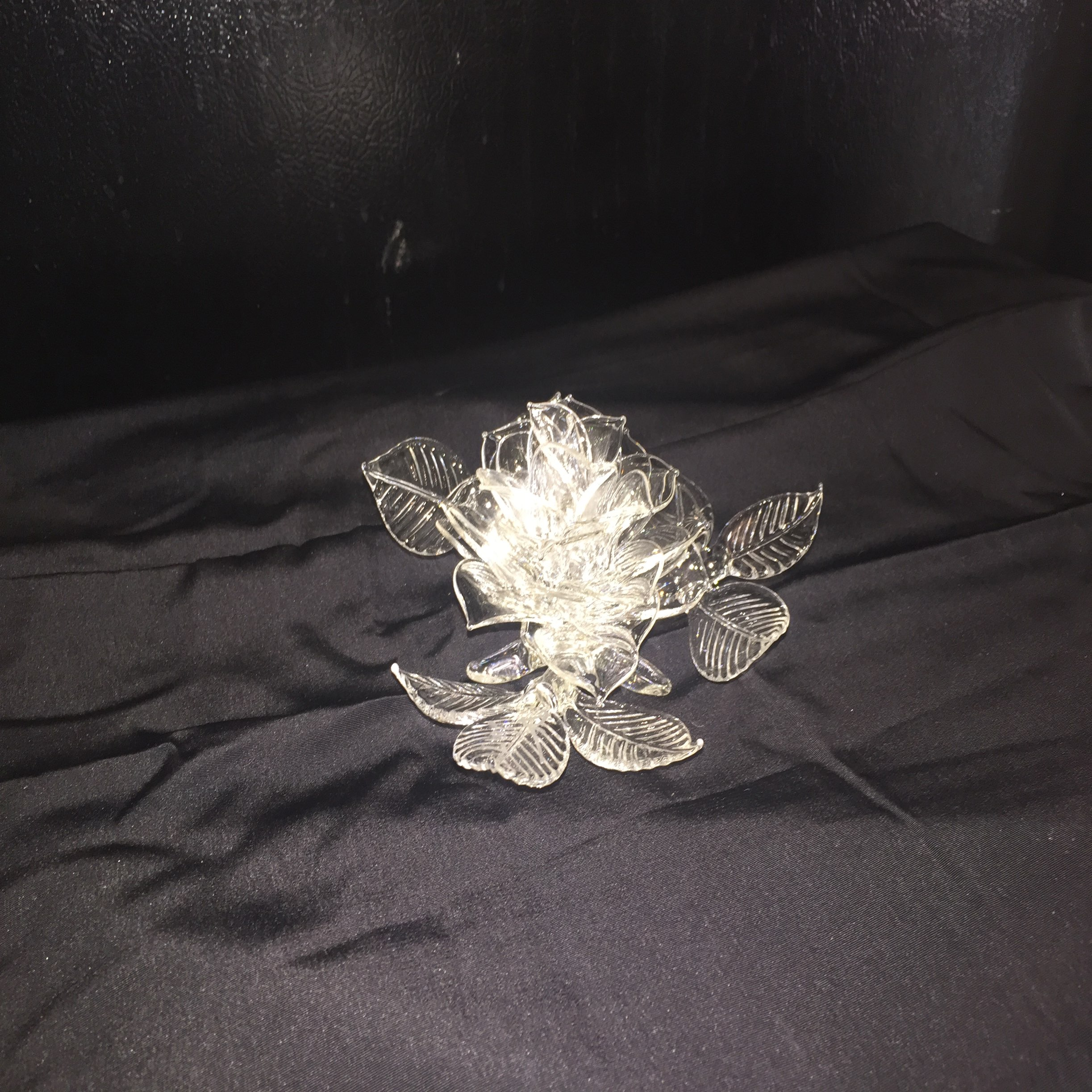 Large Clear Sitting Rose