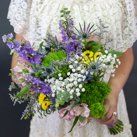 Reno & Sparks Flower Delivery | Sparks Florist® - Sparks Carefree Country Bridal Bouquet
