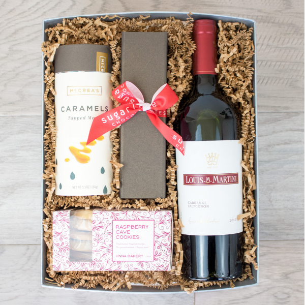 Reno & Sparks Flower Delivery | Sparks Florist® - Reno Celebrate Gift Crate (free standard delivery* w/ code WINTER18)