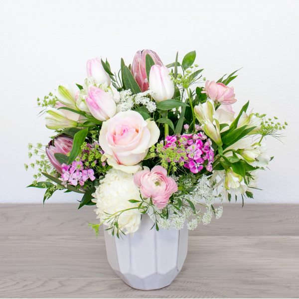 Sparks Florist® - Sparks Renew (free standard delivery* w/ code WINTER18)