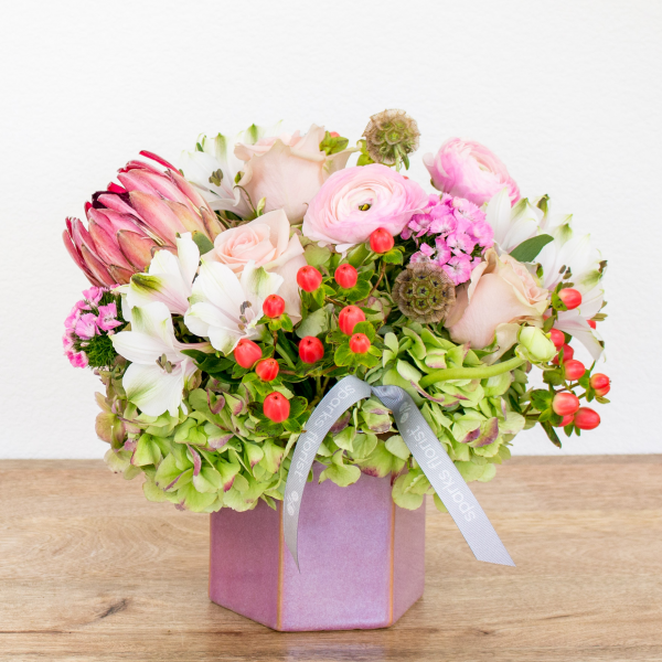 Reno & Sparks Flower Delivery | Sparks Florist® - Reno Berries & Blush