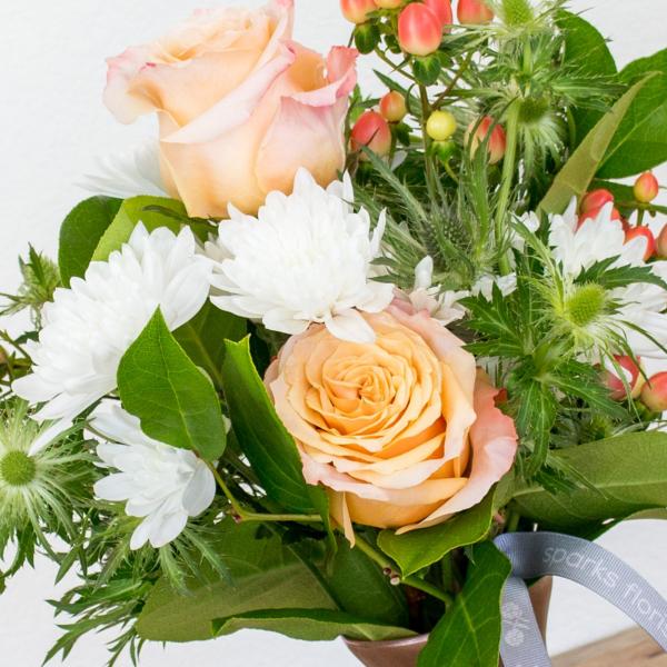 DIY Class: Flower Crown<br>Tues, Jun 8 | 5:30 pm<br />