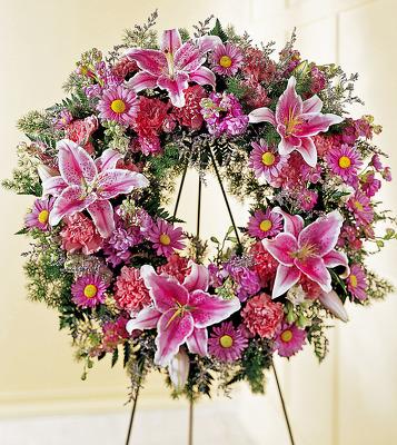 Reno & Sparks Flower Delivery | Sparks Florist® - Sparks We Fondly Remember Standing Wreath