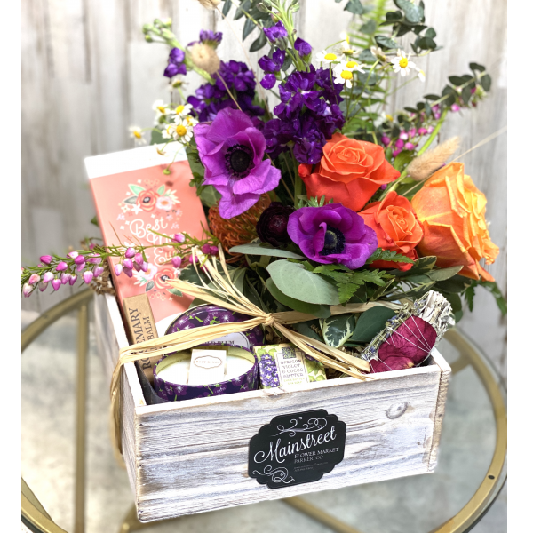 Giftbox + Blooms