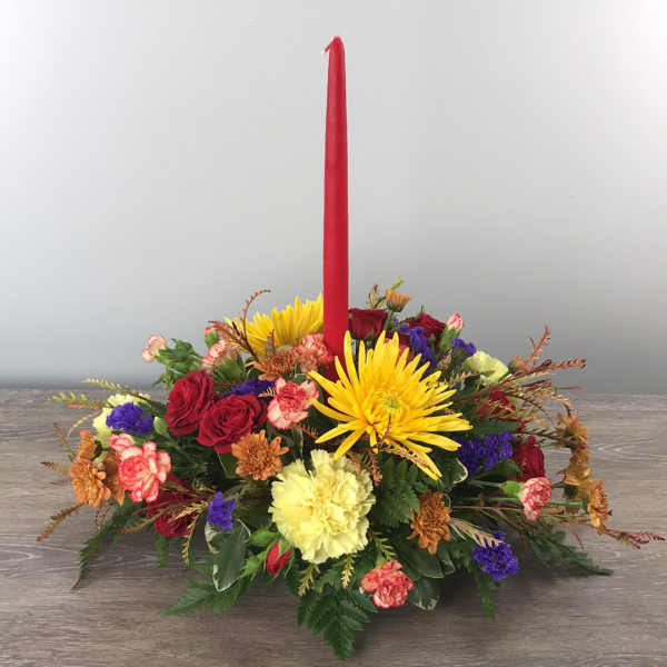 George's Classic Oval Candle Centerpiece.