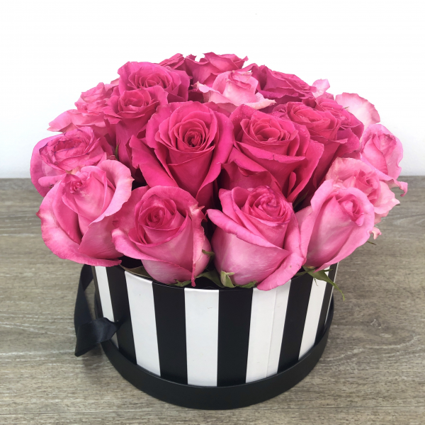 Hat Box of Love 24 Roses
