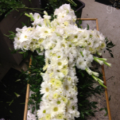 Floral piece main of a variety this beautiful flowers. Your choice of color