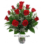 Classic 40- 60- 70 CM Red Roses are perfect to express ones love for Valentines Day, Anniversaries or Birthdays.  Average stem length for 40 CM is 16-19 inches; 50 CM is 20-25 inches; and 70 CM is 25-30 inches.  Please note that all measurements are estimates as mother nature has a way of doing her own thing!