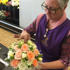 our wedding designer Randy Pinto creates beautiful bouquets