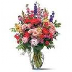 A blooming expression of happiness and joy set to brighten any day. Send for any occasion or no occasion at all!