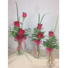 """SIMPLE & ELEGANT"" ROSES ARE ALWAYS A GREAT CHOICE"