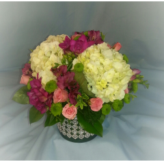 This glittering centerpiece will dazzle your guests.
