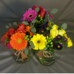 "FUN,VIBRANT AND SPONTANEOUS! THE LOG CABIN GRAB AND GO BOUQUETS WILL BRIGHTEN THE GLOOMIEST DAY AND PUT A SMILE ON SOMEONE'S FACE! SAY ""THANK YOU!"" SAY, ""LOVE YOU!""  ""THINKING OF YOU"" THIS BOUQUET IS A WELCOME SURPRISE! STARTING AT $34.95"