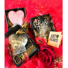 ADD A VERY SPECIAL ART HEART TO YOUR FLOWERS. AMERICAN ARTISTS MAKING LIMITED ADDITON ART HEARTS FOR THAT SPECIAL SOMEONE IN YOUR LIFE. GIVE HER THE KEY TO YOUR HEART!