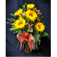 This collection of flowers speaks to the feel of the San Joaquin Valley and the pioneers who ranched and farmed our area in days past. Rustic and charming, it is a favorite in area.