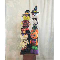 Halloween dolls to add to one of our Halloween Bouquets for a final touch or just by themselves!!
