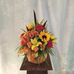 """Celebrate Fall with this ceramic pumpkin bouquet. Perfect for any dining table or desk!! **Flowers may vary depending upon availability** Approx. 18""""H x 13""""W"""