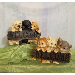 "Sweet little way to say ""Welcome"" with either Dogs or Cats (Only have 2 of each style in stock) Approx 9"" H x 12""W"