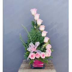"Send a unique bouquet of roses to your mom or grandma in a high style design **approx 27"" high**"