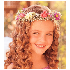 Flower Girl Headpiece Set a crown on the cutest member of your wedding, and she'll feel like a princess.
