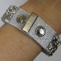 DiBella Flowers & Gifts Las Vegas - Silver Sparkle Adjustable Wristlet