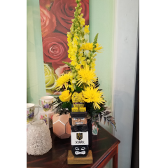 DiBella Flowers & Gifts Las Vegas - Knights Totem Bouquet Show your Knight love with this awesome totem arrangement. Roses, Snapdragons and more in our VGK colors with keepsake (and limited) totem.