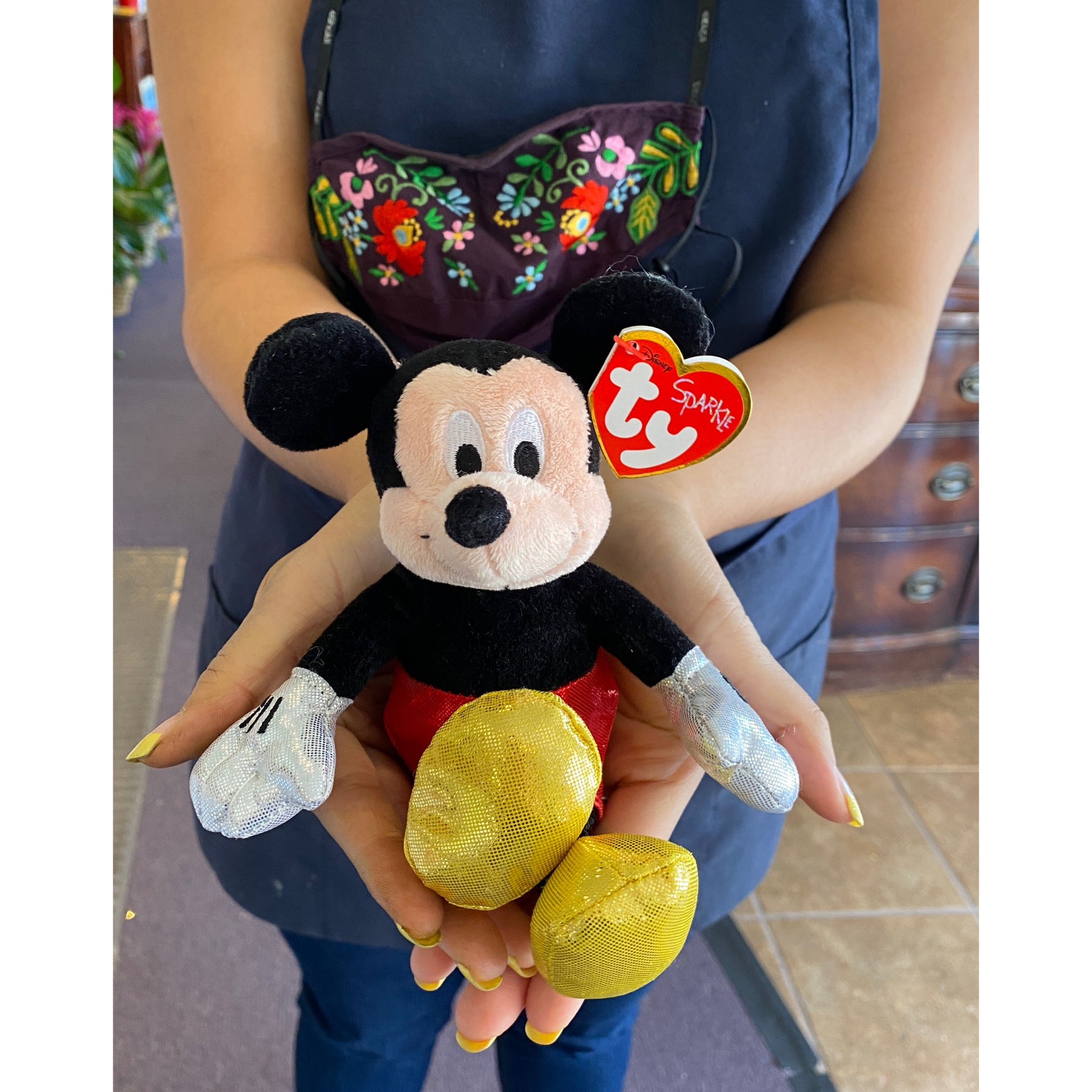 DiBella Flowers & Gifts Las Vegas - Our adorable Mickey Mouse ready to be taken home